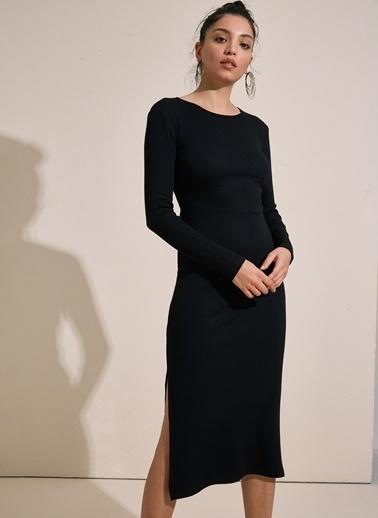 Styletag Yırtmaç Detaylı Elbise Siyah